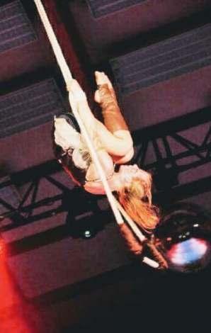 sophie-trapeze2
